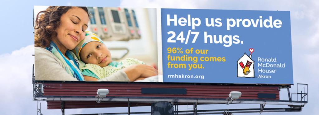 Iklan Billboard Kampanye Fundraising 'Ronald McDonald' di Akron, Ohio. Sumber: KNOX inc