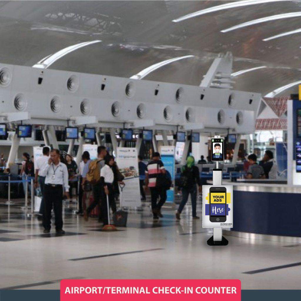 Thermal Imaging Scanner di Area Check-in Bandara