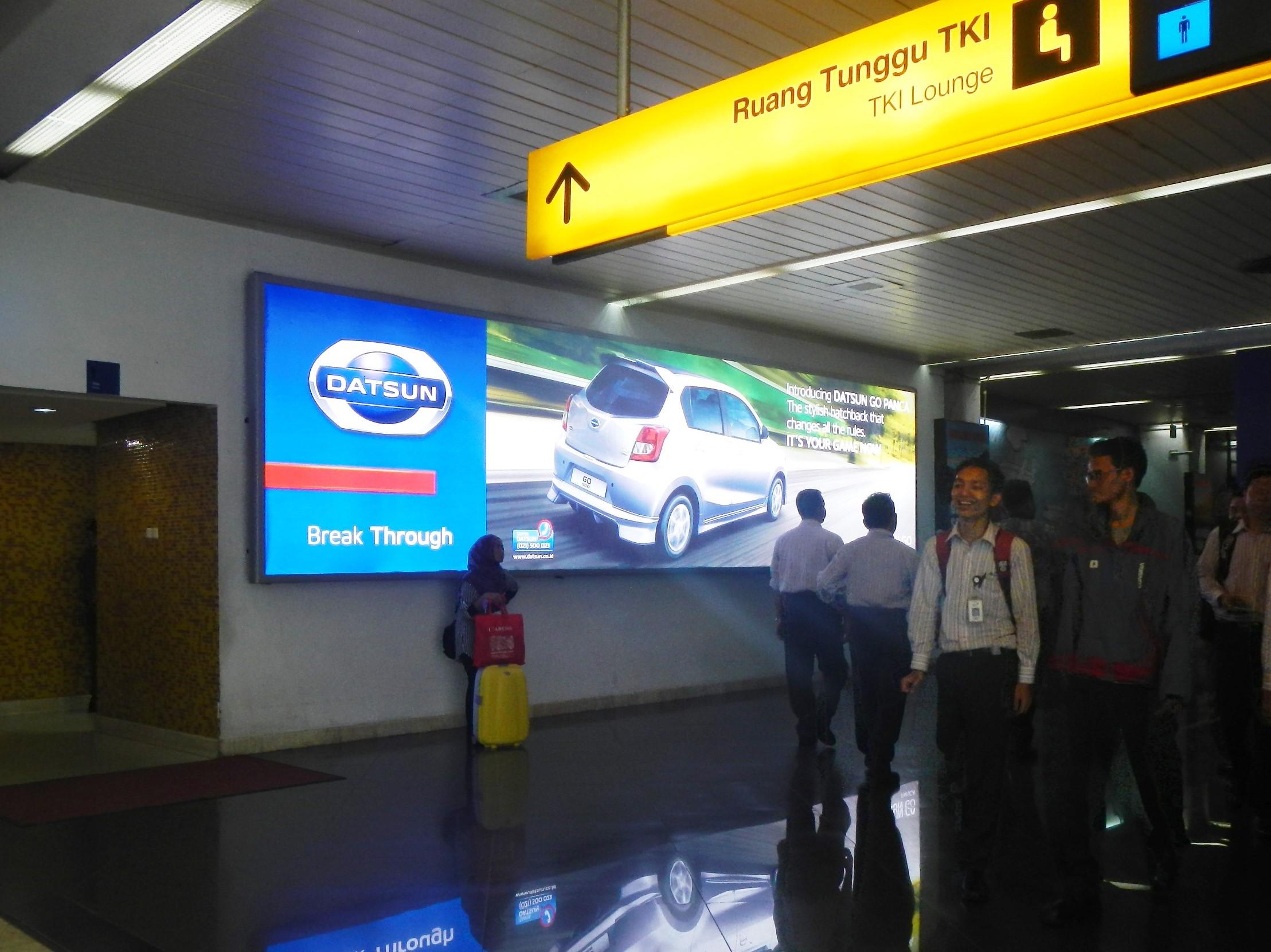 Lightbox Branding Datsun di Bandara Internasional Soekarno-Hatta