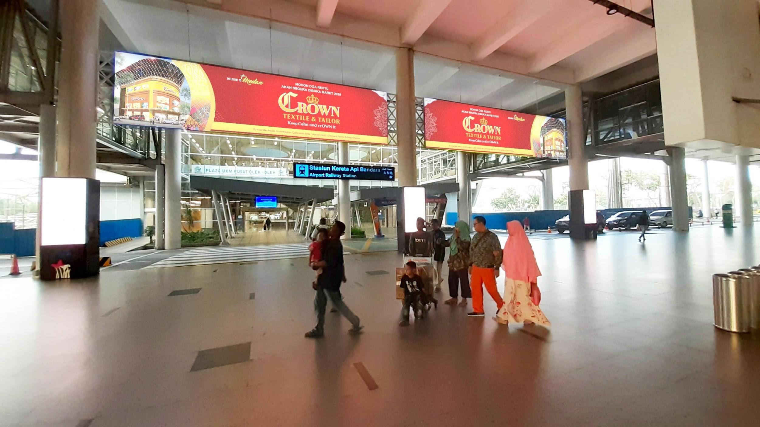 Lightbox CROWN Textile di Rail Link Bandara Internasional Kualanamu Medan