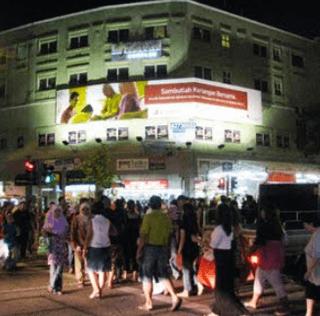 Singtel at The Geylang Serai Area for Hari Raya