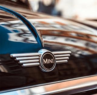 Salute to Mini drivers!
