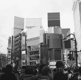 DesignTaxi: Designer Imagines Tokyo Without Its Iconic Advertisements And Billboards