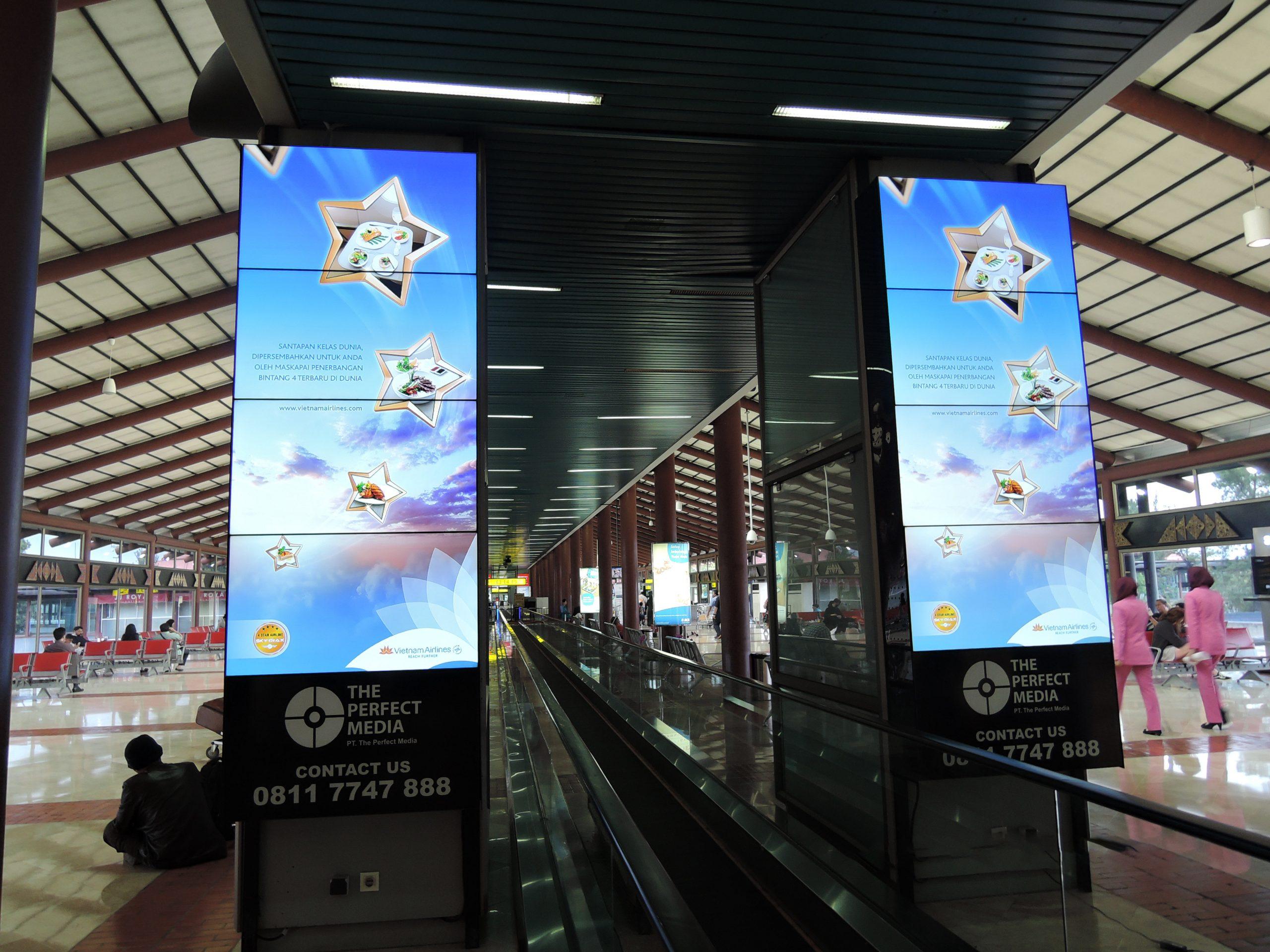 VIETNAM AIRLINES: Vươn ra Châu Á cùng TPM Outdoor