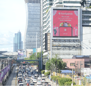 How Outdoor Advertising Works Well for App Advertisers