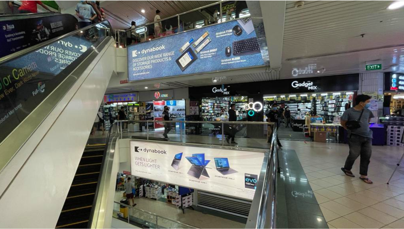 How Electronic Firms Utilize Powerful OOH In Singapore