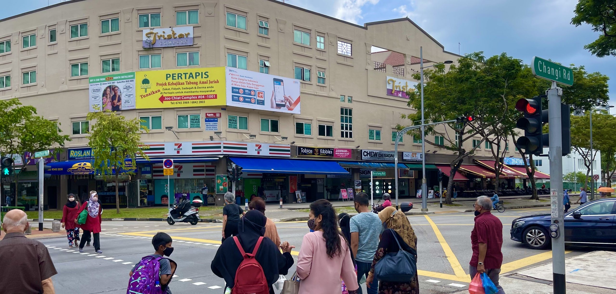 How to Strategise the Location of Your Outdoor Advertisement